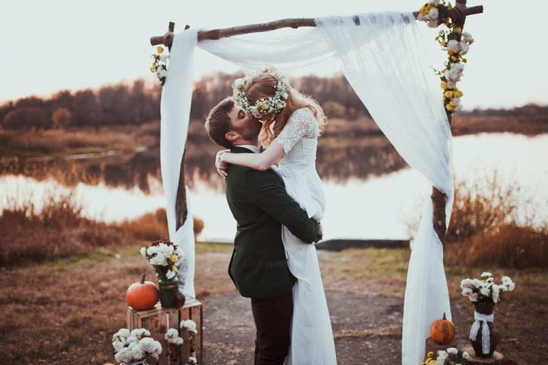 Personalized Wedding Essentials: What to DIY